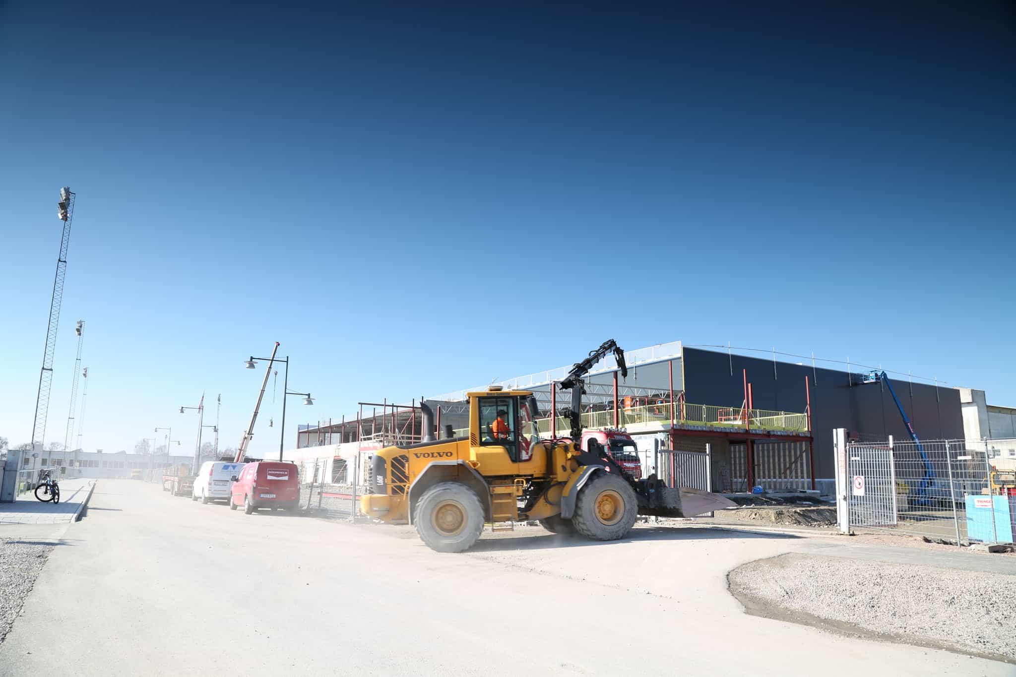 Byggnation av Sparbankshallen i Bromölla