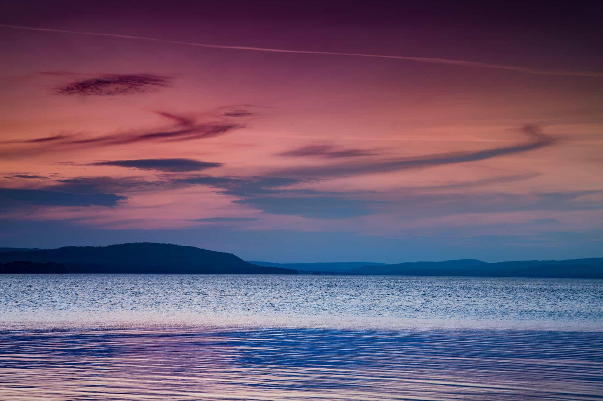 Solnedgång över Ivö, från småbåtshamnen, Bromölla